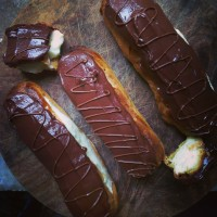 Chocolate eclairs with a touch of Nutella